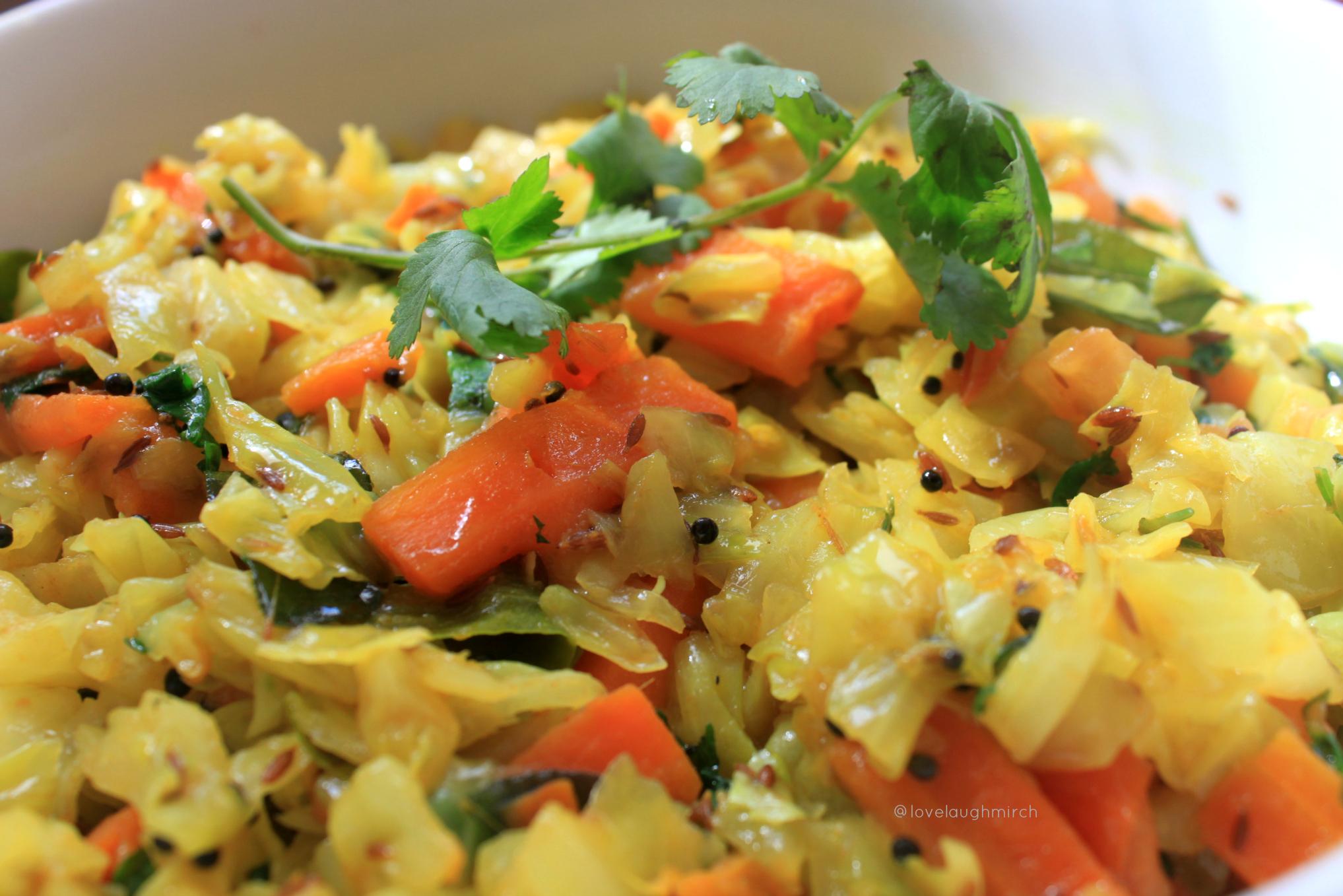 Gajar & Pata Gobi Sabzi {Spiced Carrot & Cabbage Stir Fry}