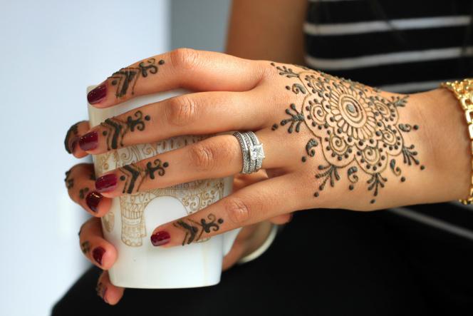 Mehndi Hand Patterns Diwali : Karwa chauth mehndi trends