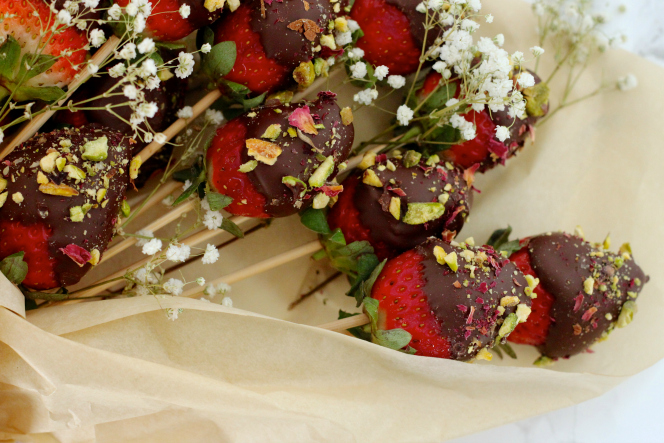 Chocolate Covered Strawberry Bouquet Love Laugh Mirch