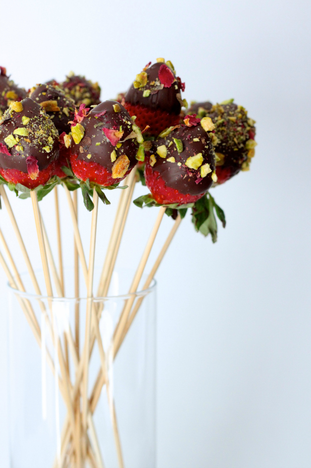 Chocolate Covered Strawberry Bouquet - Love Laugh Mirch